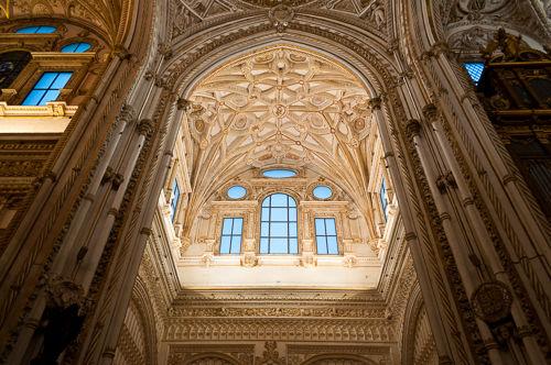 Magnificient architecture details.
